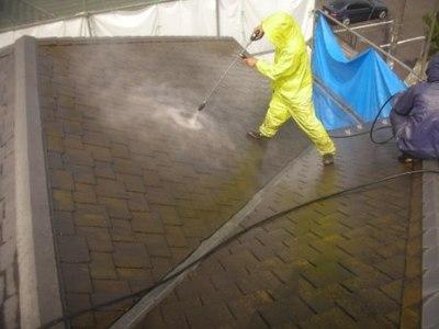 屋根塗装(高圧洗浄)