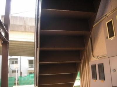 階段塗装 裏側