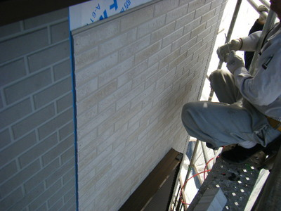 外壁サイディング張り付け