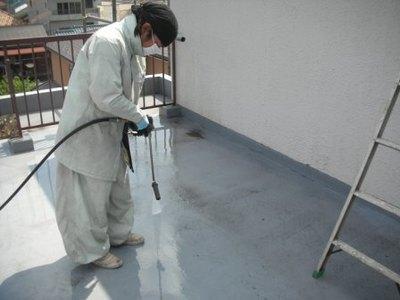 屋上防水の洗浄