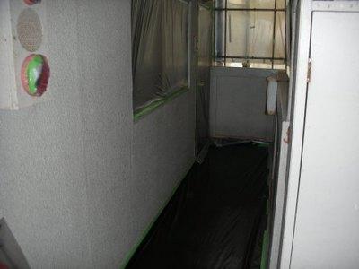 階段室内 塗装養生